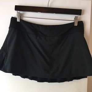 Lululemon blk running/tennis skirt